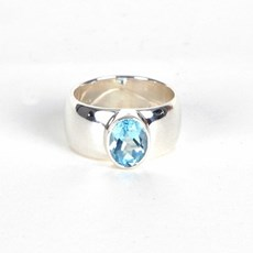 Ring Aqua Topaz