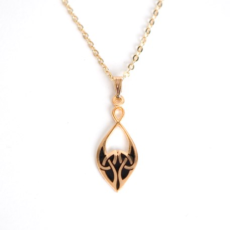 Celtic Knot Collier