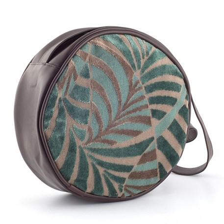 Ronde handtas met palmmotief in zeegroen, gecombineerd met bruin leder.