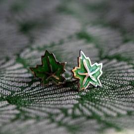 Oorstekers Maple Leaf